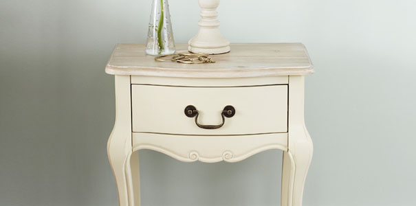 Shabby Chic Bedside Table