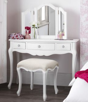 Juliette Shabby Chic White Dressing Table Set with Crystal Handles