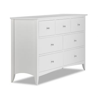 A White 7 Drawer Chest